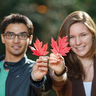 Make a donation to the Canada 150 Student Awards