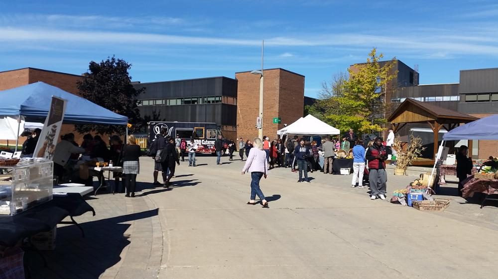 photos of Campus Market 2015
