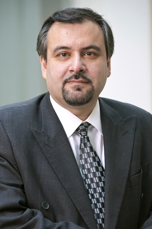 Headshot of Shahram Heydari